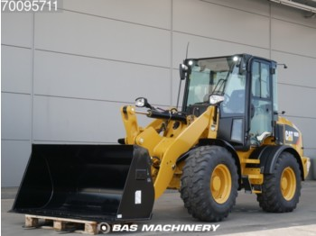 Погрузчик Caterpillar 908 M Bucket and forks - ride controle - warranty